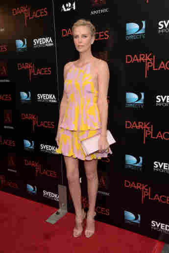 """Charlize Theron begeistert bei der Premiere zu """"Dark Places"""""""