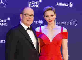 Fürst Albert und Fürstin Charlène Laureus World Sports Awards roter Teppich rotes Kleid schön