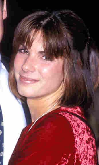 So sah Sandra Bullock 1990 aus