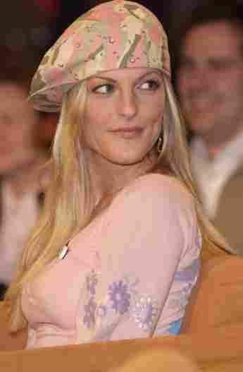 Sandy Mölling im Jahr 2003