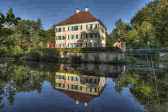 Sisi Schloss; Wasserschloss Unterwittelsbach