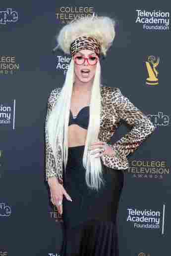 Alaska Thunderfuck 5000 bei den 39. College Television Awards am 16. März 2019
