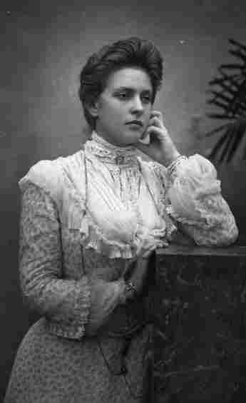 Alice von Battenberg, spätere Prinzessin von Griechenland und Dänemark und die Mutter von Prinz Philip.