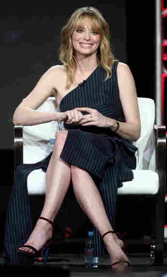 """April Bowlby bei der """"Winter Television Critics Association Press Tour"""""""