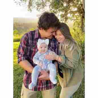 Bindi Irwin Mann Chandler Powell Tochter Grace Warrior Instagram