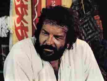 """Bud Spencer spielt im Film """"Zwei Missionare"""" (1974)."""
