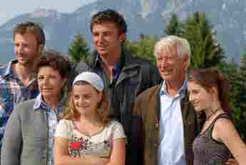 """So sah der Cast vom """"Bergdoktor"""" zu Beginn der Serie aus"""