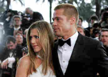 """Jennifer Aniston und Brad Pitt bei der Premiere des Films """"Troja"""" am 13. Mai 2004"""