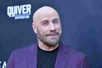 John Travolta tanzt mit seiner Tochter im Super Bowl-Werbespot