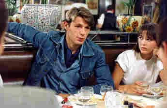 """Lambert Wilson und Sophie Marceau in dem Film """"La Boum 2 – Die Fete geht weiter"""" im Jahr 1982"""