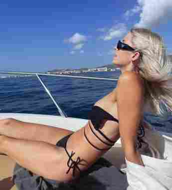 Lena Gercke im Bikini