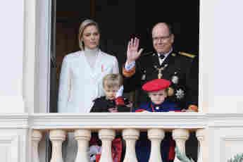 Fürstin Charlène von Monaco und Fürst Albert II. mit ihren Kindern Jacques und Gabriella am 19. November 2019