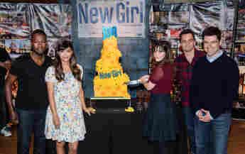 """""""New Girl""""-Darsteller: Lamorne Morris, Hannah Simone, Zooey Deschanel, Jake Johnson and Max Greenfield"""