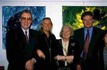 Peter Alexander mit Tochter Susanne, Frau Hilde und Sohn Michael