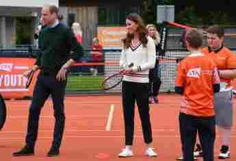 Prinz William und Herzogin Kate beim Tennisspielen mit Schulkindern im Rahmen der Lawn Tennis Lawn Tennis Association's in Edinburgh am 27. Mai 2021