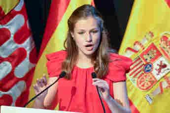 """Prinzessin Leonor von Spanien bei ihrer Rede bei der """"Prinzessin von Girona""""-Stiftung in Barcelona am 1. Juli 2021"""