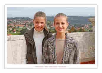 Prinzessin Leonor und Prinzessin Sofia auf der Weihnachtskarte 2020