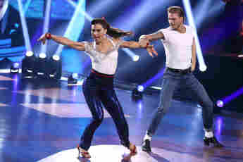 Renata Lusin Rurik Gislason Let's Dance