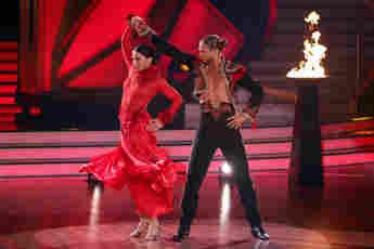 """Renata Lusin und Rurik Gislason in Show zehn von """"Let's Dance"""" am 14. Mai 2021"""