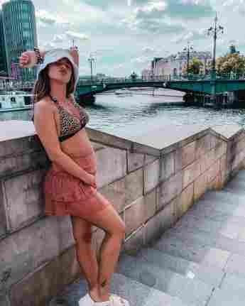 Sarah Engels mit Babybauch auf Instagram