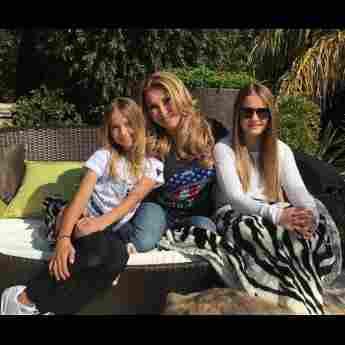 Carmen Geiss mit ihren zwei Töchtern Shania und Davina auf Instagram