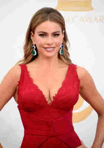 Sofía Vergara auf roten Teppich der Emmy Awards 2013