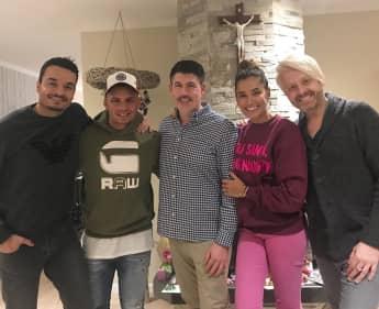 Pietro Lombardi, Giovanni und Jana Ina Zarrella, Paul Reeves und Ross Antony an Weihnachten