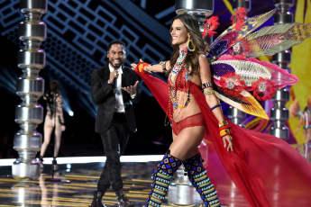 Alessandra Ambrosio während der Victoria's Secret Fashion Show in Shanghai