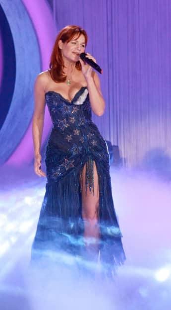 Andrea Berg tolles Kleid