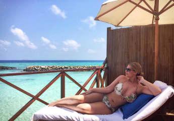 Angelina Kirsch im Bikini
