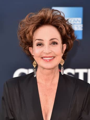 "Ghostbusters Star Annie Potts verkörpert die Großmutter in ""Young Sheldon"""