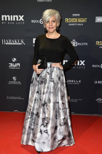 Birgit Schrowange graue Haare roter Teppich