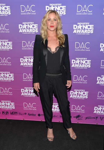 Christina Applegate bei den Industry Dance Awards mit sexy Spitzen-BH