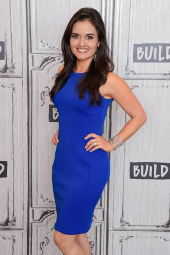 Danica McKellar bei Build Series