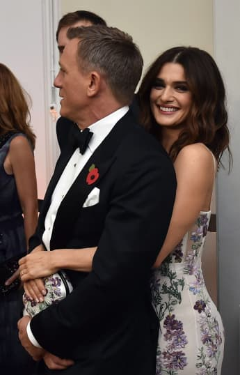 """So natürlich schön ist die Frau des """"James Bonds"""""""