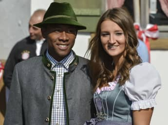 David Alaba und seine Freundin Katja auf dem Münchner Oktoberfest