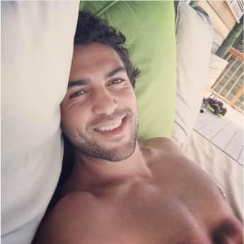 Elyas M'Barek heißeste Instagram Bilder Sixpack Schauspieler Selfie