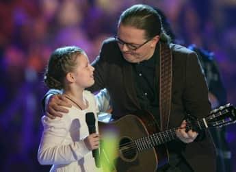 Emma Kelly mit ihrem Vater Angelo