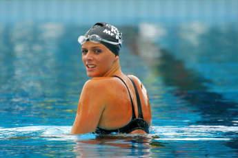 Fürstin Charlène von Monaco früher Schwimmen