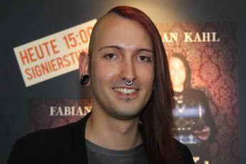 Fabian Kahl bares für Rares
