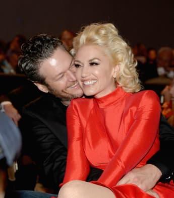 Gwen Stefani und Blake Shelton verliebt bei der Pre-Grammy Gala in Hollywood
