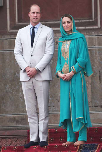 herzogin kate; prinz william; herzogin kate und prinz william in pakistan; herzogin kate und prinz william badshahi-moschee