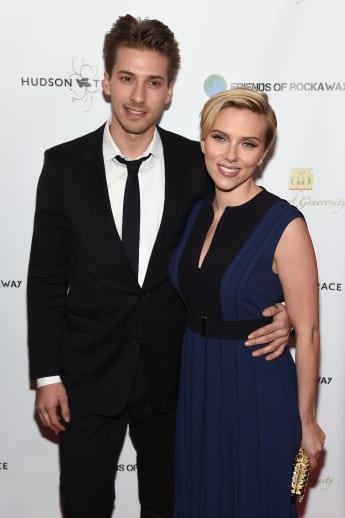 Scarlett Johansson, Zwillingsbruder, Hunter