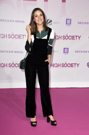 "Janina Uhse bei der ""High Society""-Premiere in Berlin 2017"