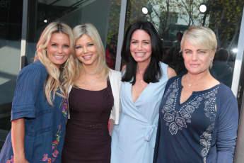 """Die """"Baywatch""""-Nixen heute: Kelly Packard, Donna D'Errico, Nancy Valen und Erika Eleniak"""