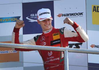 Mick Schumacher nach seinem Sieg am Hockenheimring im Oktober 2018