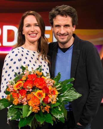 Oliver Mommsen neben seiner Frau Nicola