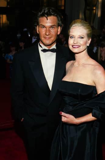 Patrick Swayze und Lisa Niemi Swayze bei den Oscars 1989: Diese beiden Outfits wird Lisa nun versteigern Auktion Erlös kommt Bauchspeicheldürsenkrebs Forschung zugute Schauspieler Dirty Dancing Ghost Point Break