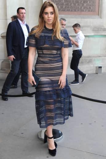 Prinzessin Beatrice britisches Königshaus Transparent Look