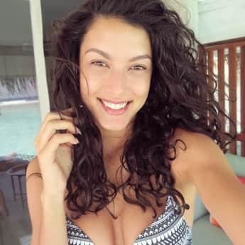 Rebecca Mir im Malediven-Urlaub